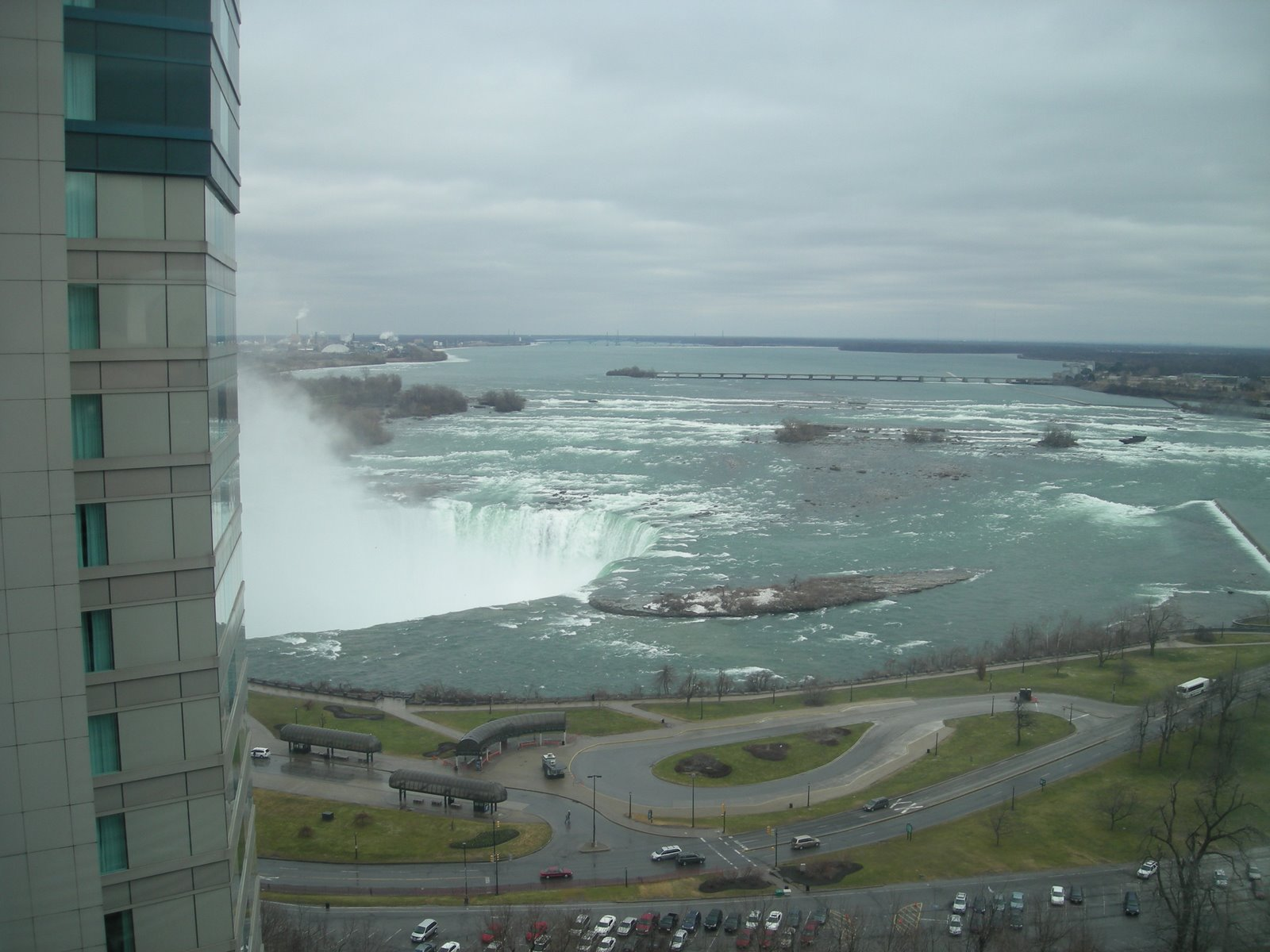 Off-Season Travel: Niagara Falls