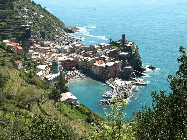 Cinque Terre: Love at First Hike