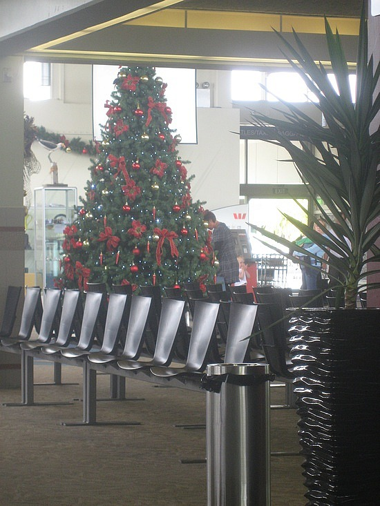 7 Holiday Airfare Savers and Ticket Tips