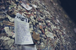 Love Letters to Juliet: Italian Secretaries Carry on Verona Letter Tradition