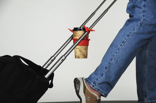 Holiday Wish List: 7 Best Travel Backpacking Gear Gifts