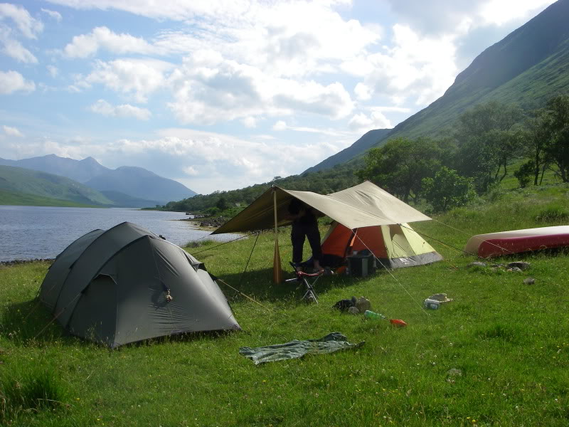 The Gear Guide: 4 Simple Steps to Setting Up Camp