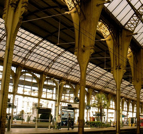 How to Navigate Trains in France