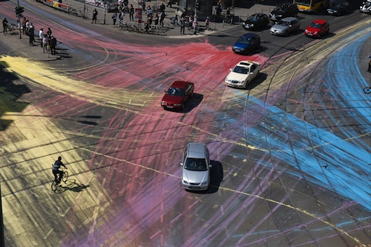 The LG Travel News Roundup: Busy Berlin Intersection Gets a Splash of Color