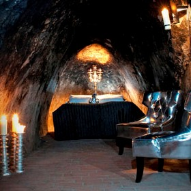 The LG Travel News Roundup: World's Deepest Hotel Suite Opens in Mine
