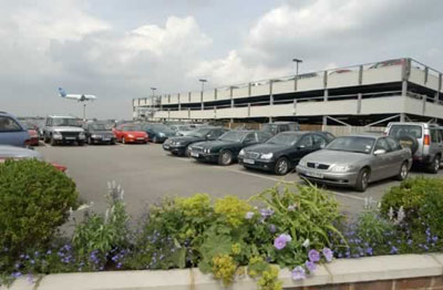 Get to the Airport for Less – How to Find Cheap Airport Parking